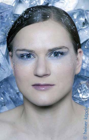 <h2>Jenny Wolf</h2><div id='trenner'></div>Jenny Wolf, Eisschnelllauf, Olympiaserie &quot;Eiskalt&quot; <div id='trenner'></div> <div id='tags'>Schlagworte: <a href='/kategorie/eisschnelllauf' rel='tag' title='' class='active'>Eisschnelllauf</a> | <a href='/kategorie/jenny_wolf' rel='tag' title=''>Jenny Wolf</a> | <a href='/kategorie/olympia_2010' rel='tag' title=''>Olympia 2010</a> | <a href='/galerie/olympiaserie_2010' rel='tag' title='Olympiaserie &quot;Eiskalt&quot; 2010 mit deutschen Olympiastars'>Olympiaserie 2010</a></div>